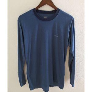 Patagonia | Men's P-6 Logo Blue Long Sleeve Tee